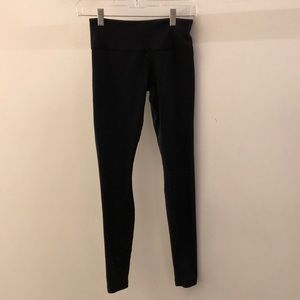 Lululemon black legging, sz 4, 68083